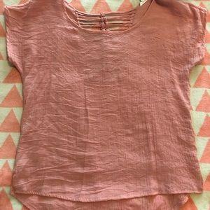 Blush blouse w/ beautiful braided pattern on back